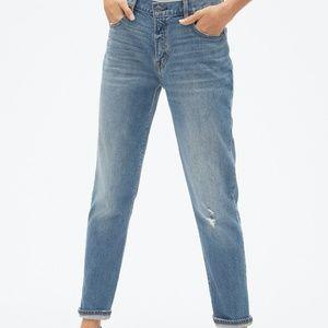 GAP Girlfriend Jeans Medium Indigo Wash Size 28